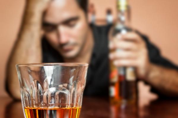 ข้อบกพร่องของการดื่มแอลกอฮอล์